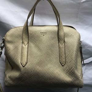 FOSSIL NEW GENUINE LEATHER PURSE NEW!!